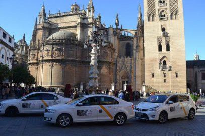 """Campaña de """"Taxis a favor de la vida"""", en Sevilla"""